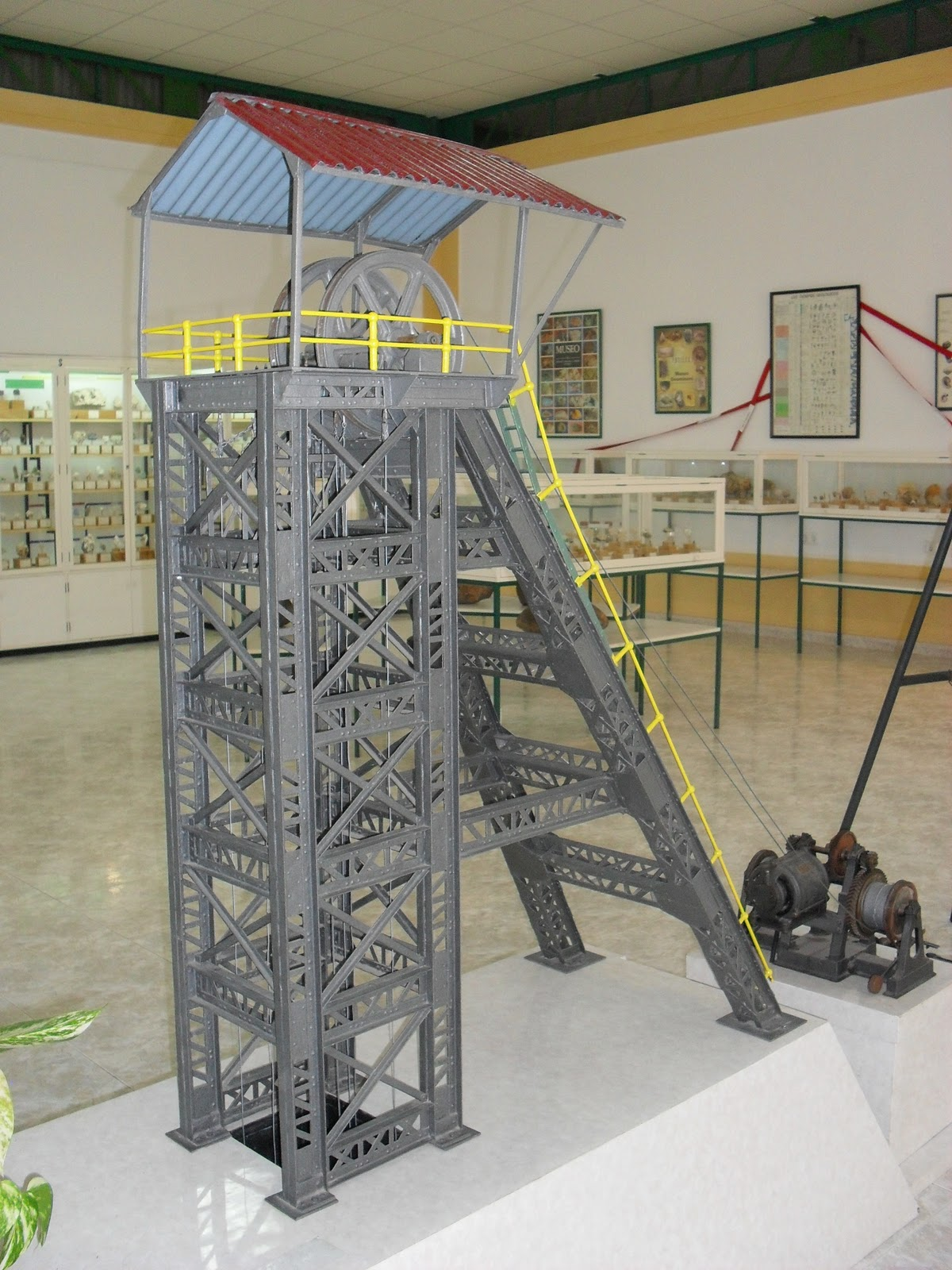 Museo Geológico Minero 3