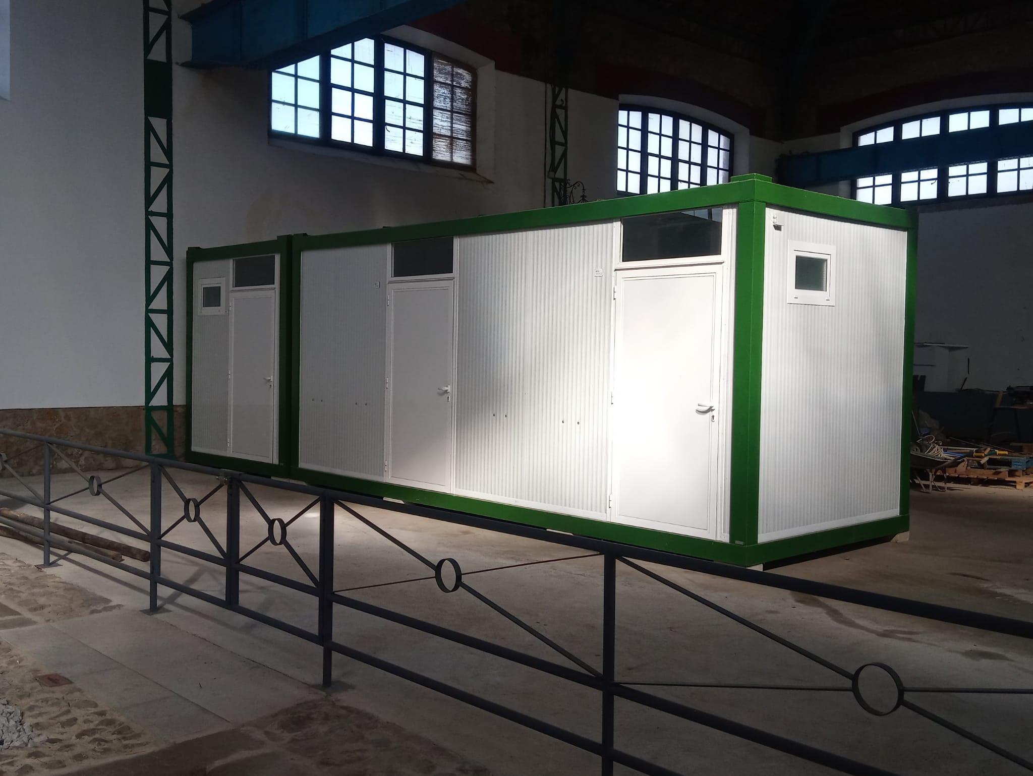 Instalados los Aseos Modulares en el Almacén Central