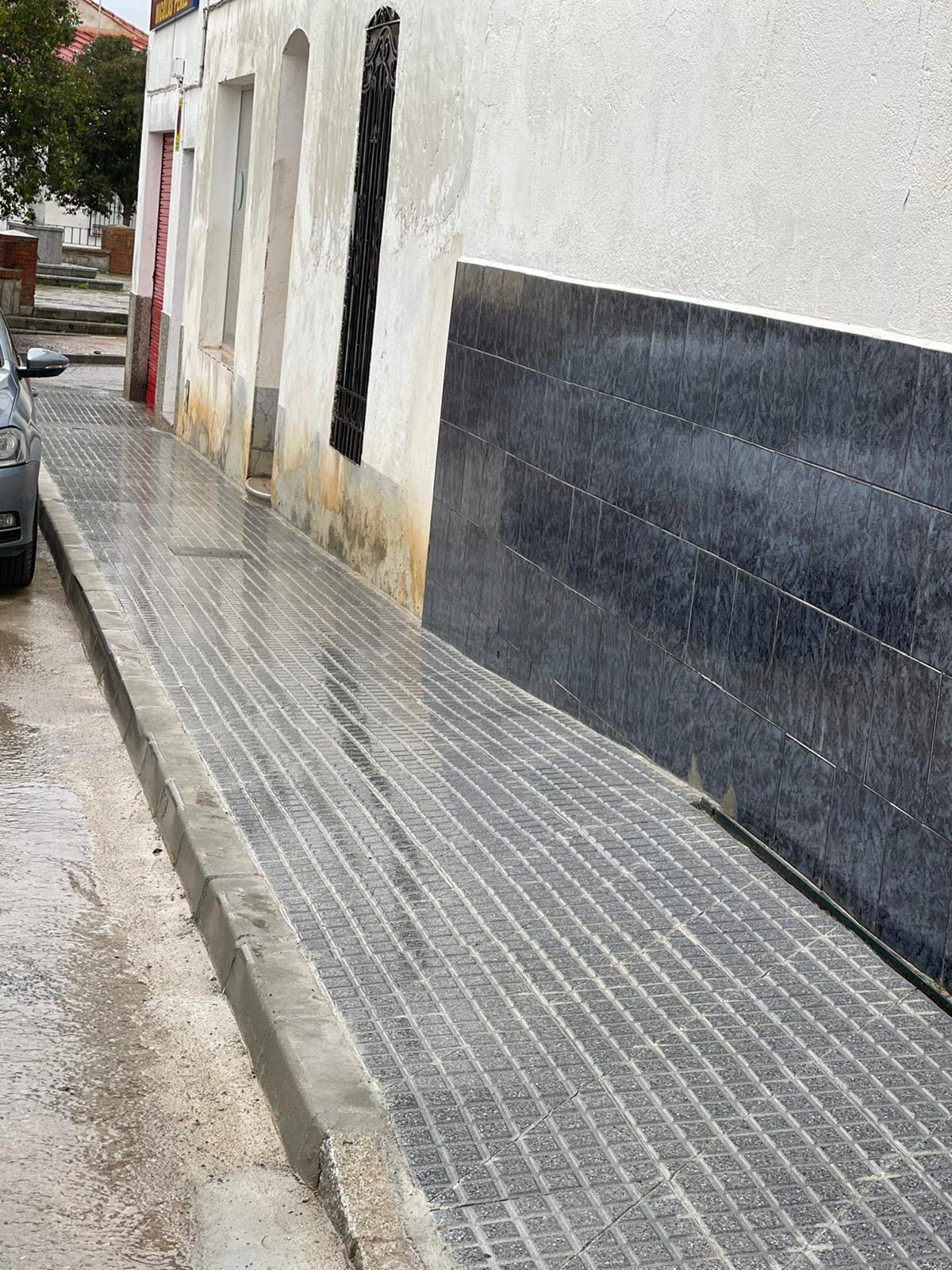Finalizan Obras de Mejora en la Plaza Granada