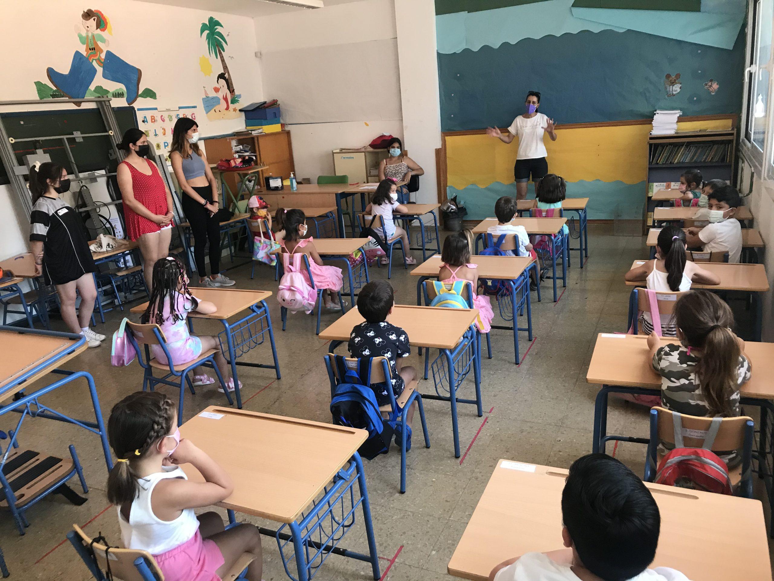 Alumnos en aula Escuela de Verano 2021
